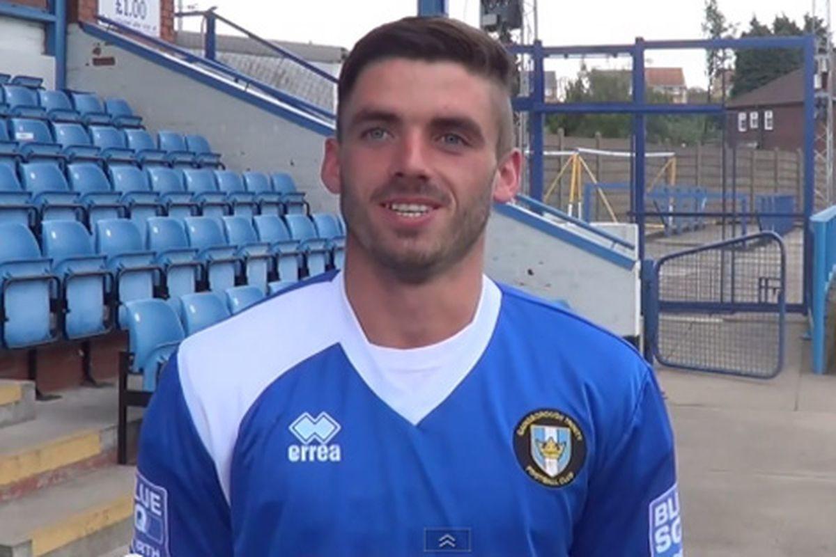 Liam Davis, jugador del fútbol que ha salido del armario