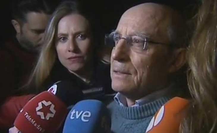 Ángel Hernández a la salida del juzgado