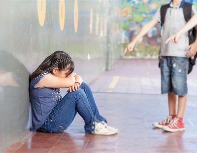 """Una jueza asturiana no ve bullying en llamar a una niña """"sidosa, asquerosa y calva"""" a diario"""