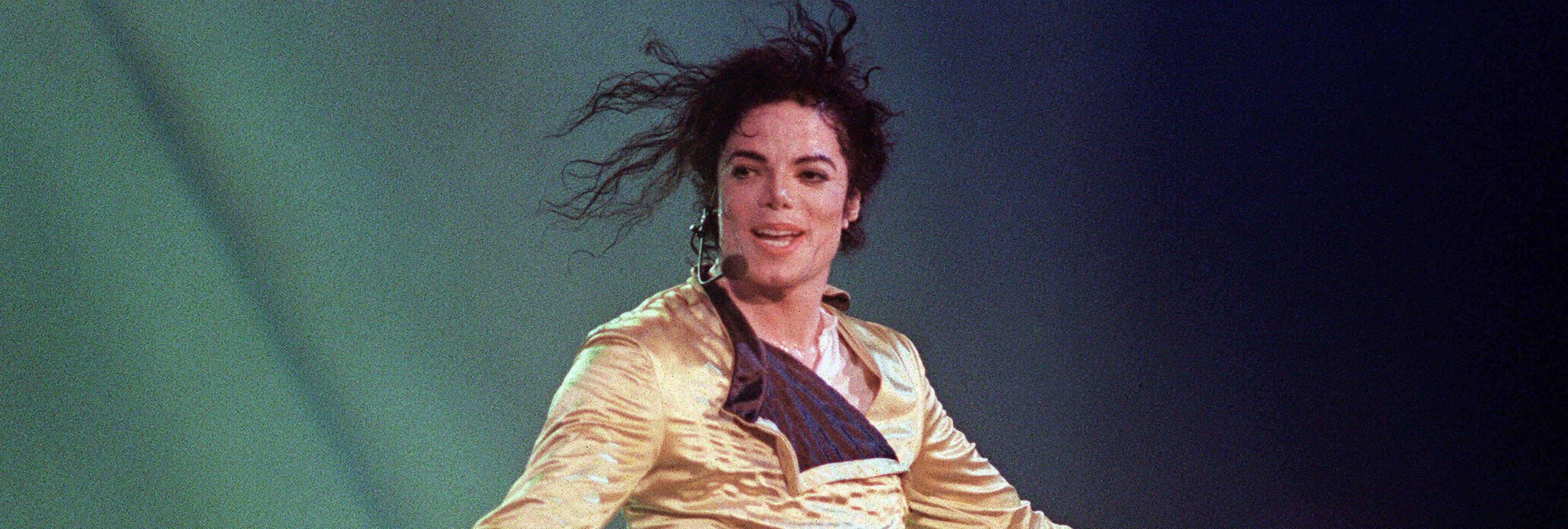 """Mario Vaquerizo defiende a Michael Jackson: """"Lo que hiciera en su casa, tal"""""""