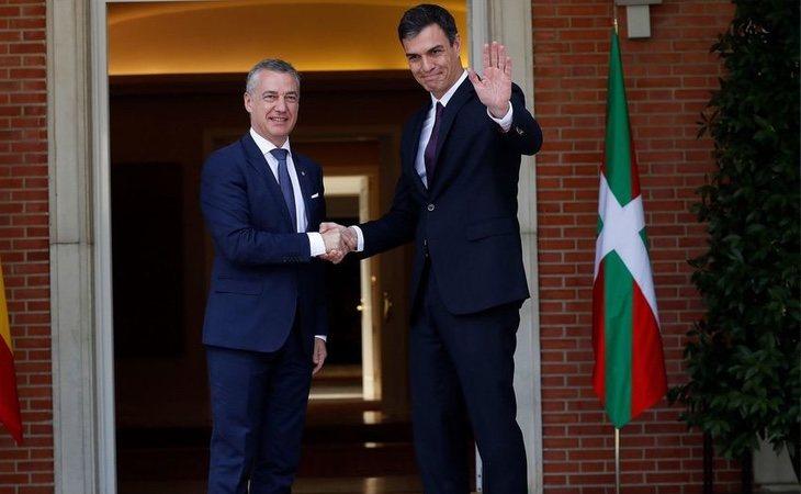 Sánchez ya no necesita a los nacionalistas para formar gobierno, según todas las encuestas