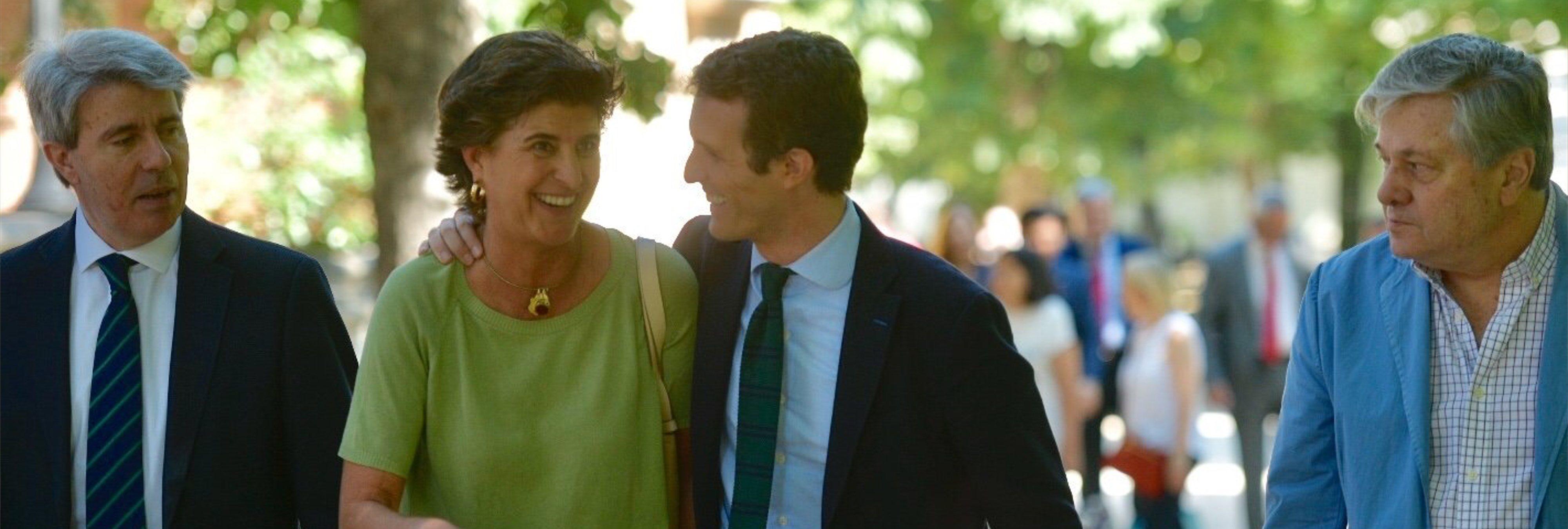 """La asesora ideológica de Casado: """"En era de confusión, olvidamos que el matrimonio es hombre y mujer"""""""