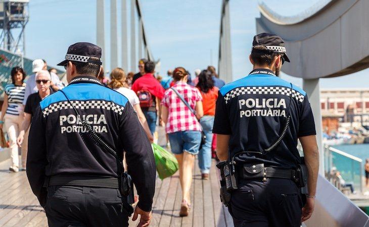 La policía portuaria trasladó a la víctima a una comisaría