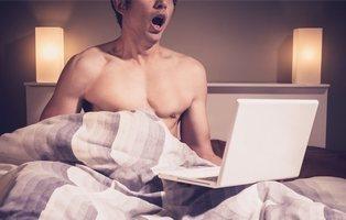 Demanda a sus padres con 78.000 euros por tirarle su colección de porno