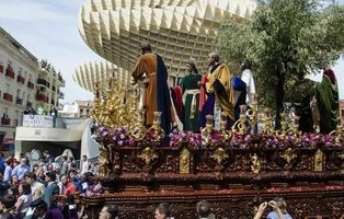 Detenido un yihadista del ISIS que iba a atentar en la Semana Santa de Sevilla