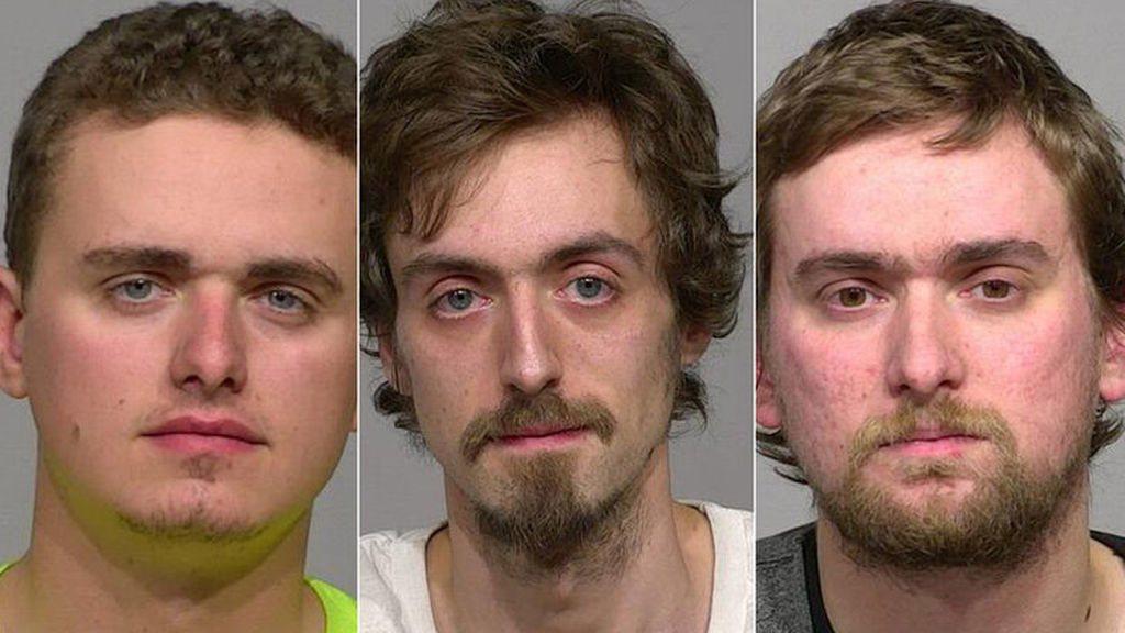 Los tres hermanos detenidos