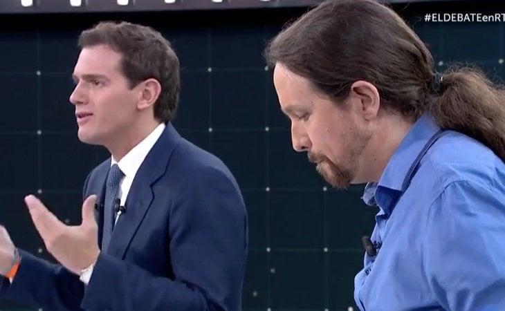 Pablo Casado cuestiona que los partidos políticos se financien a través de los bancos