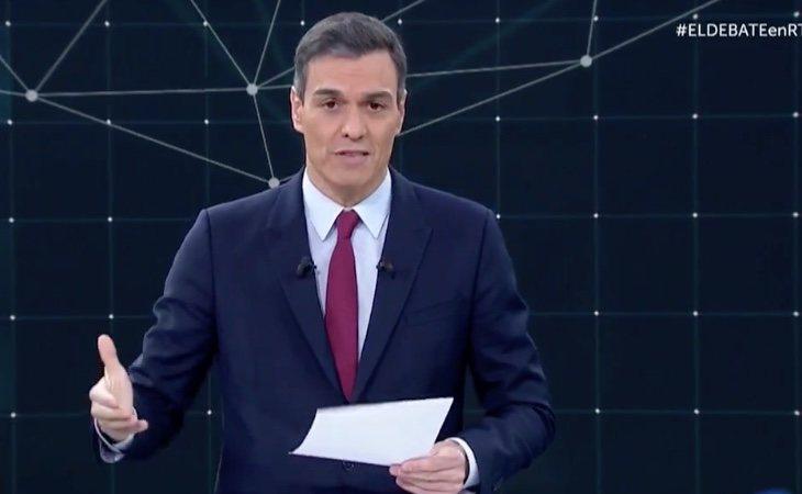 Pedro Sánchez critica la oposición destructiva de PP y Cs y agradece el apoyo a Podemos