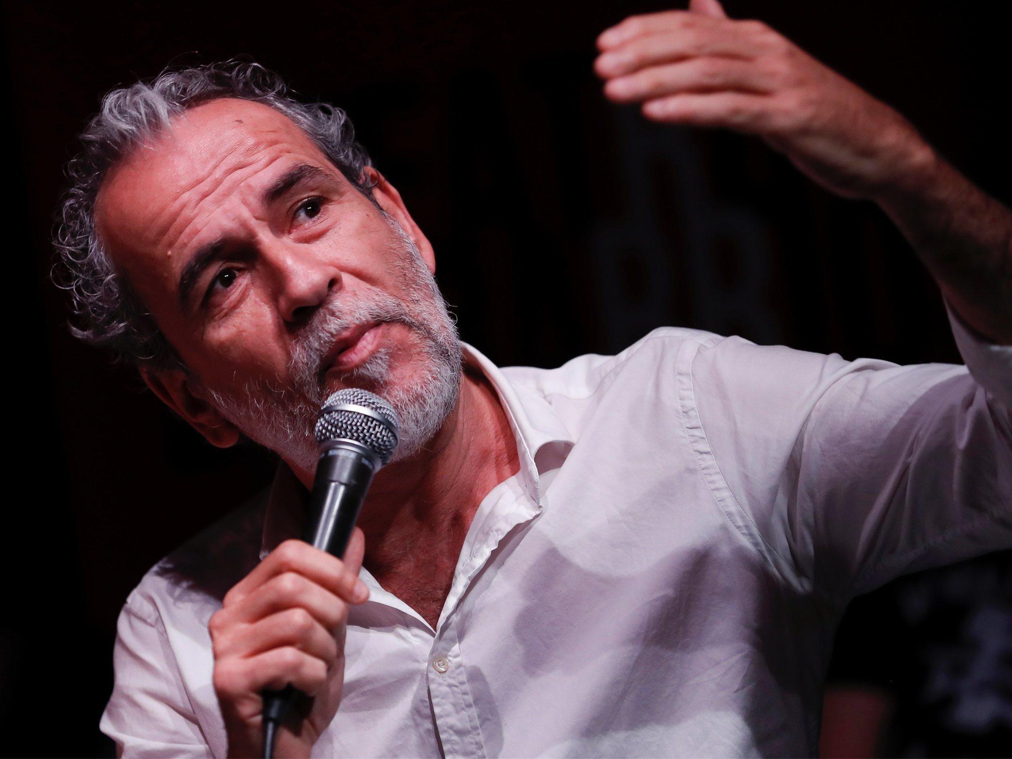 "Willy Toledo protagoniza una monumental pelea: ""¡Te reviento la cabeza!"""