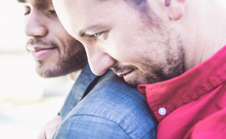 La agamia propone reconsiderar completamente el concepto de familia