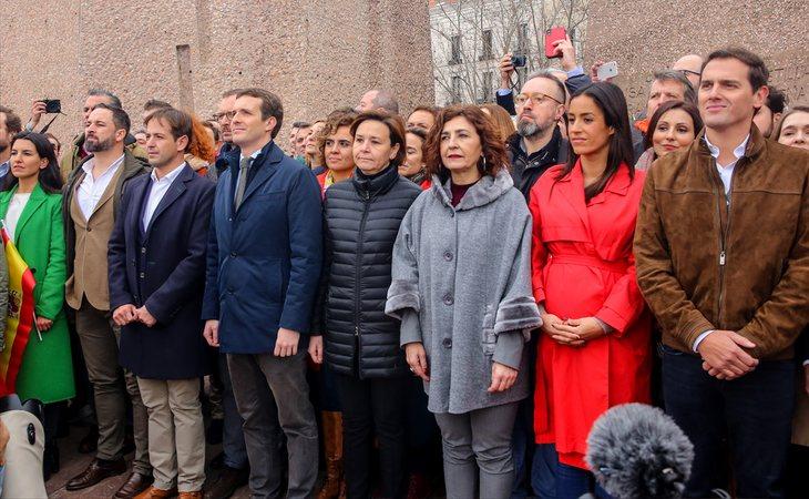 Pablo Casado, junto a Albert Rivera y Santiago Abascal en la manifestación de Colón contra el gobierno de Pedro Sánchez