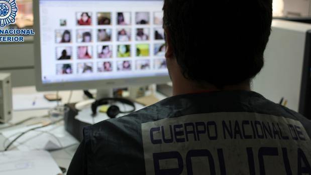 El hombre detenido por gestionar una web neonazi en Zaragoza, tenía más de 2.000 archivos pedófilos