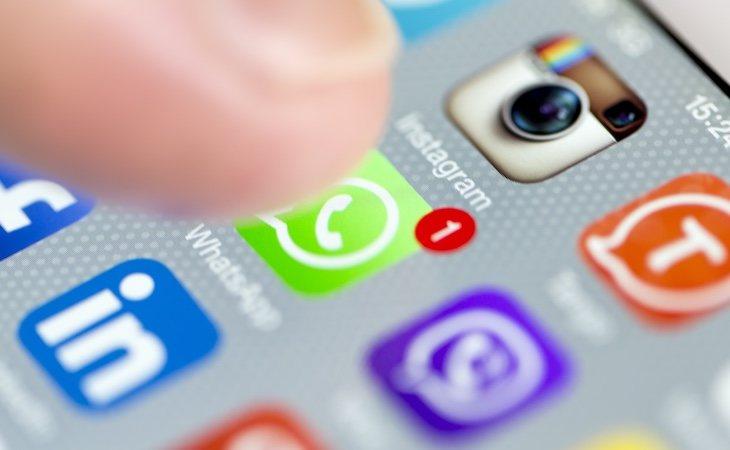 WhatsApp tiene la opción de usar un link interno para mandar mensajes sin agregar al destinatario