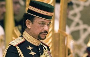 Brunéi paraliza la ley de lapidación a homosexuales y adúlteros tras el boicot a los hoteles del país