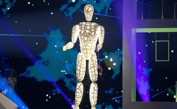 Un robot, como parte de la escenografía de España en Eurovisión 2019