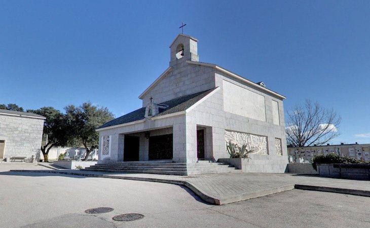 La cripta donde se prevé enterrar los restos de Franco está en el cementerio municipal de El Prado
