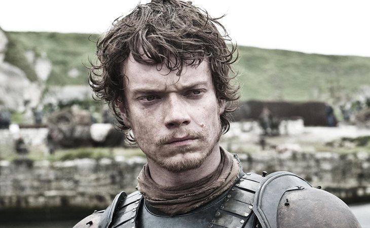 Theon Greyjoy expió sus pecados tras la traición a los Stark