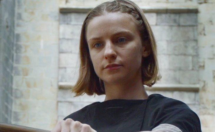 Niña Abandonada, enemiga de Arya Stark en la Casa de Blanco y Negro