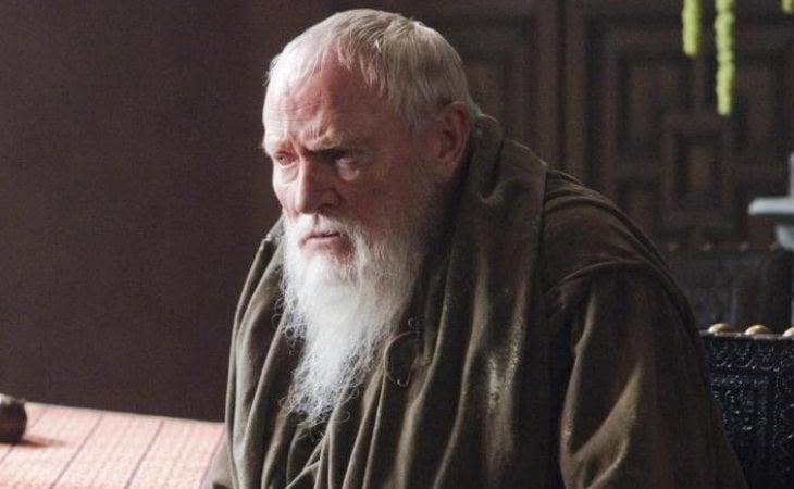 El Gran Maestre Pycelle, un hombre de vicios inconfesables
