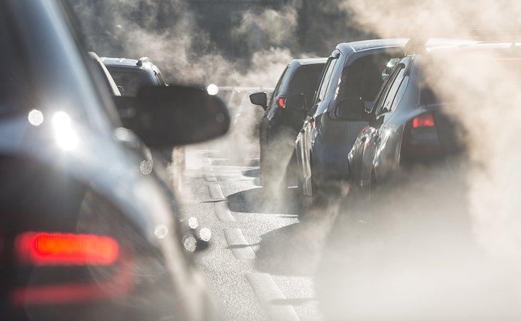 La emisión de gases de efecto invernadero aumenta la concentración de CO2 en la atmósfera