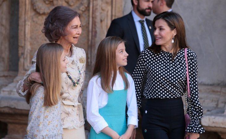 La Reina Letizia lamenta el excesivo protagonismo que acaparan sus escándalos