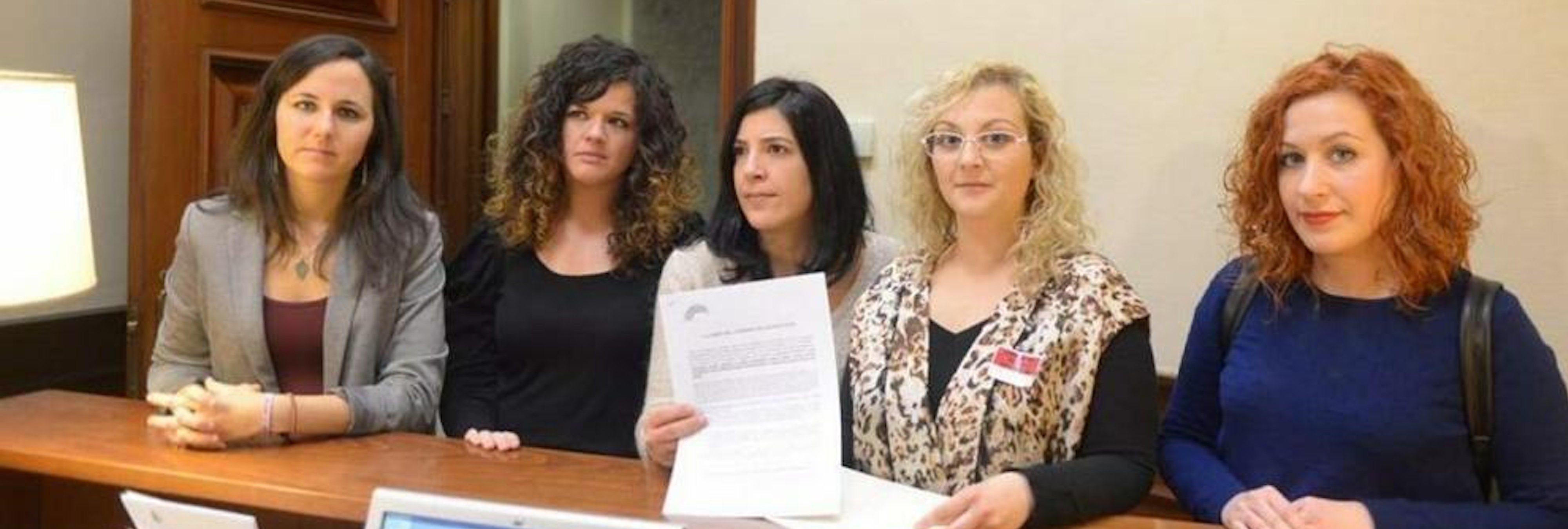 Detienen a otra madre de Infancia Libre por impedir a su ex pareja que vea a su hija
