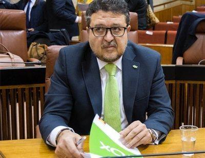 """Serrano (VOX) denuncia que en Andalucía """"promueven relaciones homosexuales entre niños"""""""
