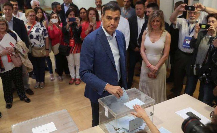Sánchez, en el colegio electoral: