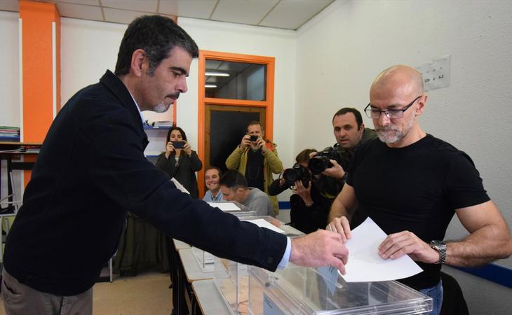 El PNV gana en San Sebastián con 10 concejales y el PP de Borja Sémper se queda en última fuerza con 2 concejales. Bildu se convierte en segunda ...
