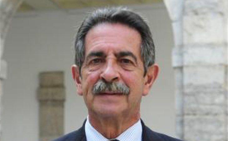 Miguel Ángel Revilla revalida el Gobierno de Cantabria y Podemos queda fuera del Parlamento