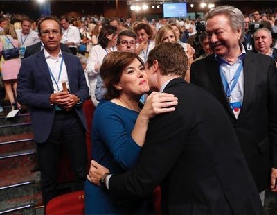 La revuelta que preparan los 'sorayos' ante un posible descalabro del PP de Pablo Casado