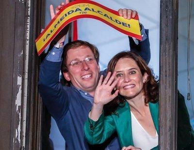 La bajeza política del PP en el 26M, con corte de mangas a Carmena incluido