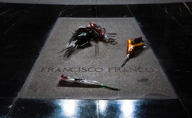 La familia de Franco quiere desestimar la exhumación de sus restos