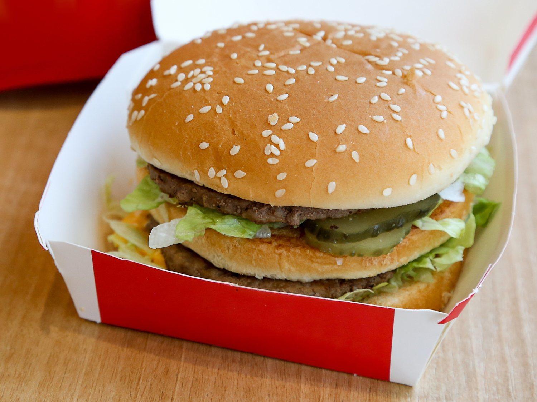 Los efectos dañinos que se desencadenan en el cuerpo cada minuto que pasa tras comer un Big Mac