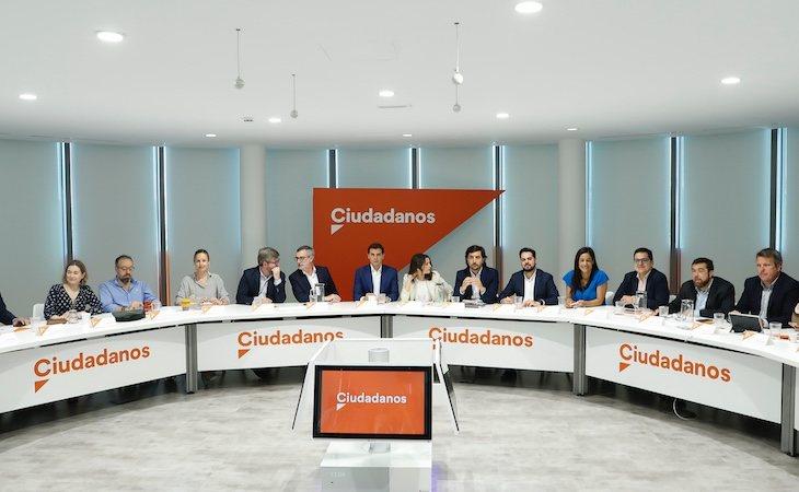 Los miembros de la ejecutiva de Ciudadanos reunidos