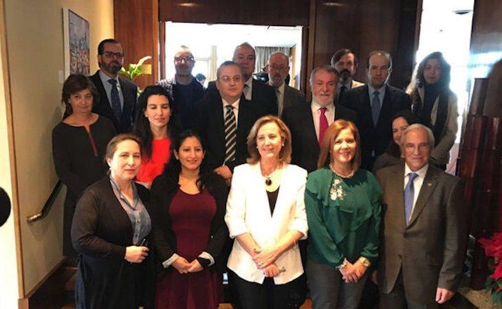 Rocío Monasterio, Lourdes Méndez, Ignacio Arsuaga o Jaime Mayor Oreja, en la presentación de la Plataforma por las Libertades en diciembre de 2016 - El Español