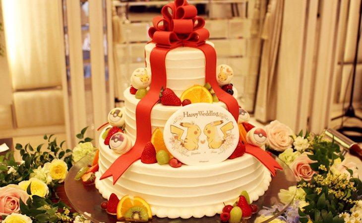 La tarta de bodas también está decorada con Pikachus