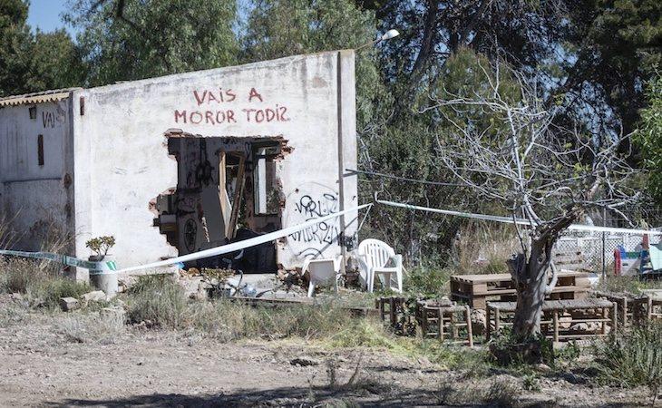 La casa en la que vivía la familia de Godella apareció con pintadas amenazantes