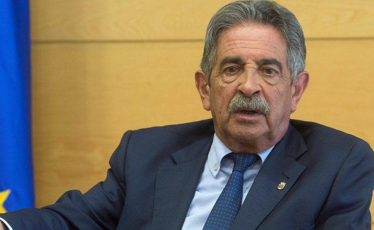 PRC y PSOE cierran un acuerdo de Gobierno en Cantabria presidido por Miguel Ángel Revilla
