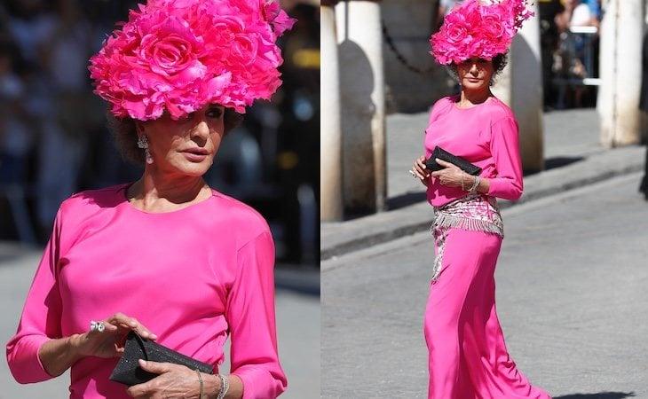 Nati Abascal acudió a la boda con otro de los colores prohibidos, el rosa