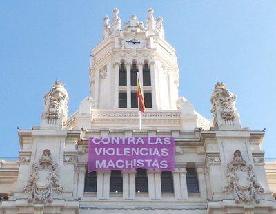 El nuevo Madrid de Martínez-Almeida retira las pancartas contra el machismo