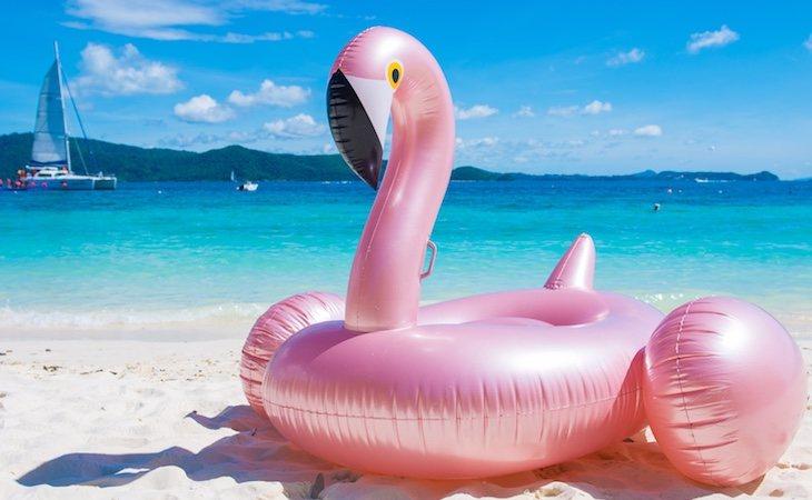El flamenco rosa gigante fue una de las colchonetas más demandadas del verano de 2018