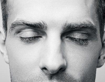 El color que vemos cuando cerramos los ojos no es negro, es 'eigengrau'