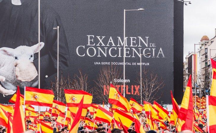 El PAR, que acudió a la manifestación de Colón, ahora pacta con el PSOE en Aragón