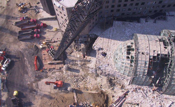 La mayoría de edificios colindantes tuvieron que demolerse debido a los irreparables daños | Flickr: Jason Scott