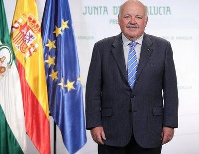 """El consejero de Sanidad andaluz, sobre el aborto: """"Lo fácil es llegar y el chupetón"""""""