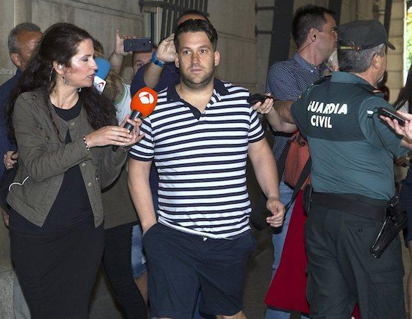 José Ángel Prenda a su llegada a los juzgados de Sevilla para conocer la decisión del Supremo