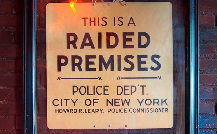 El bar era sometido a redadas semanales usando como excusa las actividades ilegales