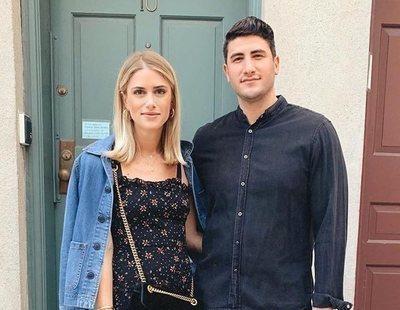 Critican a una pareja de influencers por inventarse una pedida de mano para ganar dinero