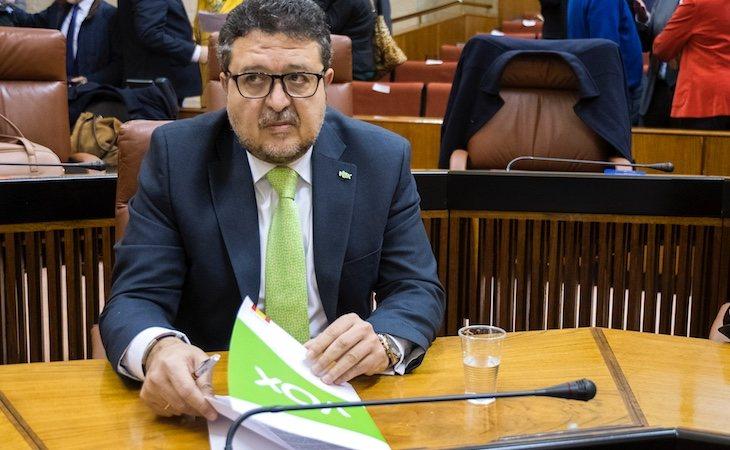 Francisco Serrano es el presidente del grupo parlamentario VOX